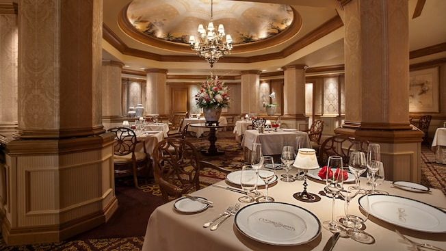 Victoria and Albert's signature dining at Walt Disney World