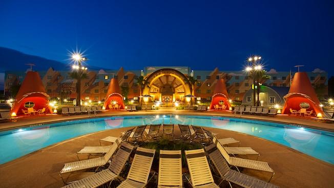 Disney's Art of Animation Resort, Disney hotel pools, Cars themed pool