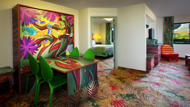 Disney's Art of Animation Resort, Lion King themed hotel rooms, Family Suites