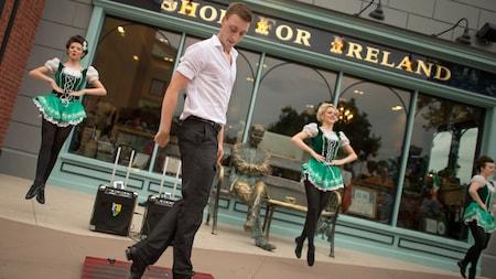 Irish Dancers at Raglan Road at Disney Springs